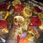 سمك مشوي بالفرن مع الخضار