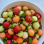سلطة البطيخ مع الحبق
