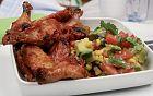جوانح الدجاج مع صلصة البندورة