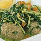 حساء الكبة مع السبانخ