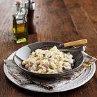 دجاج بالفلفل واللّيمون الحامض مع باستا فوسيلي اللّولبية بالصلصة الكريمية