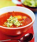 حساء البندورة والتورتيللا
