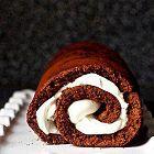 رول بالشوكولا والكريما