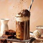 القهوة المثلجة مع البوظة بالفانيلا