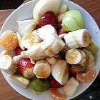 سلطة الفاكهة المغذية والمنشطة