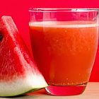 عصير البطيخ الأحمر